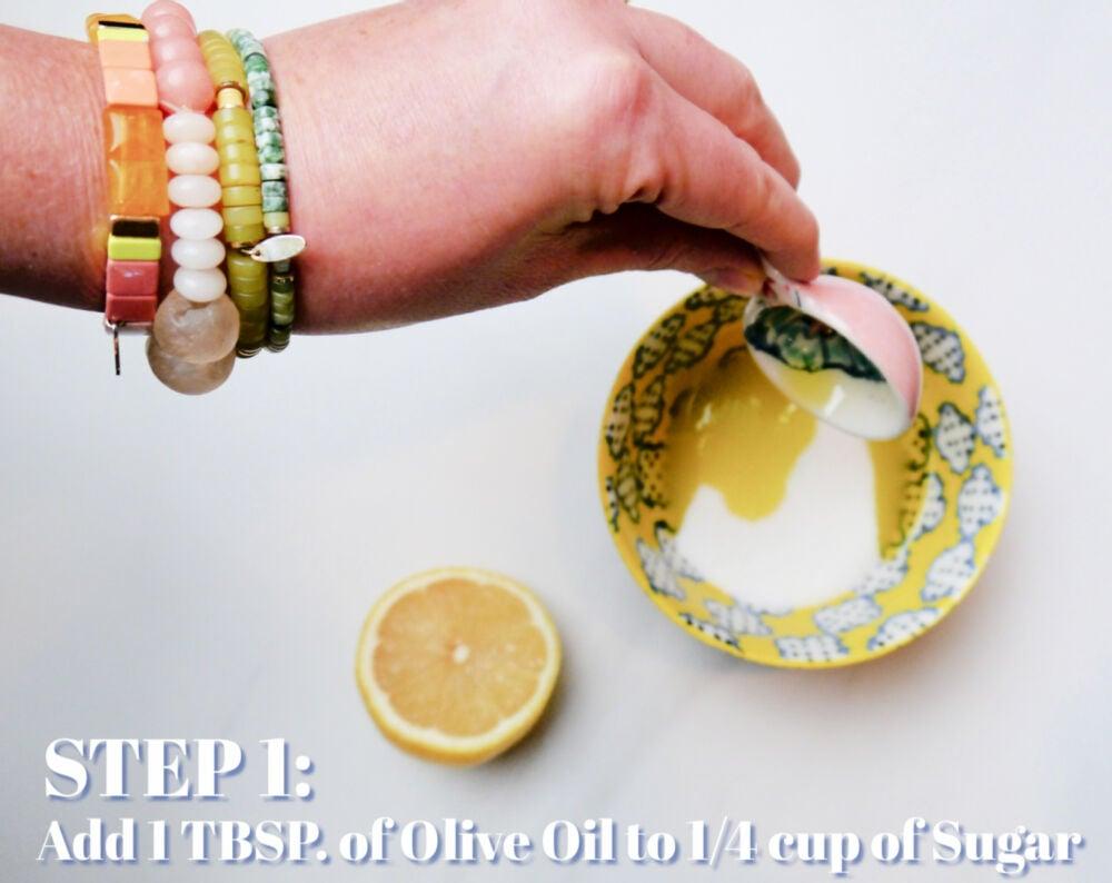 DIY Sugar Scrub with Lemon and Olive Oil