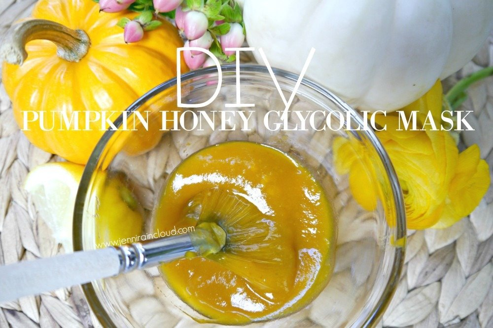 DIY Pumpkin Honey Glycolic Mask