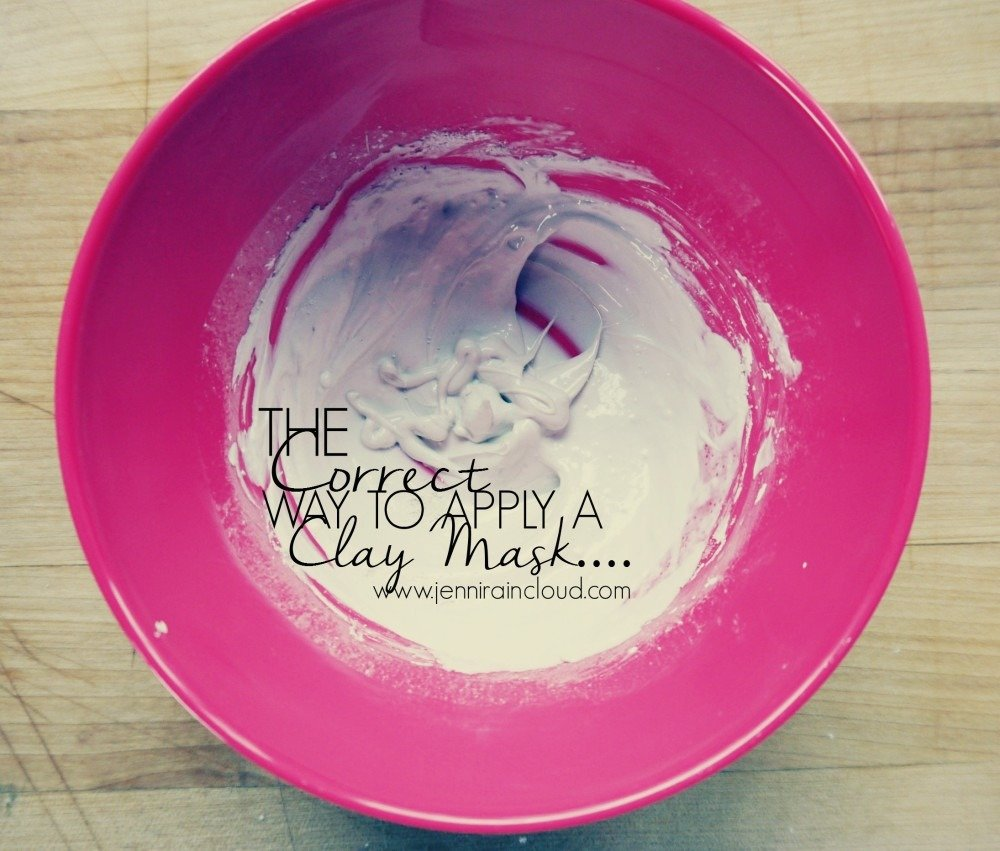 The Correct Way To Apply A Clay Mask