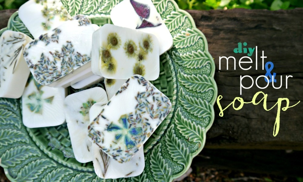 EASY DIY Flower Petal Goat's Milk Bar Soap