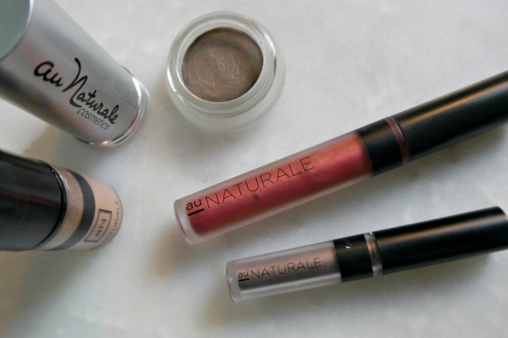 Au Naturale Cosmetics Review