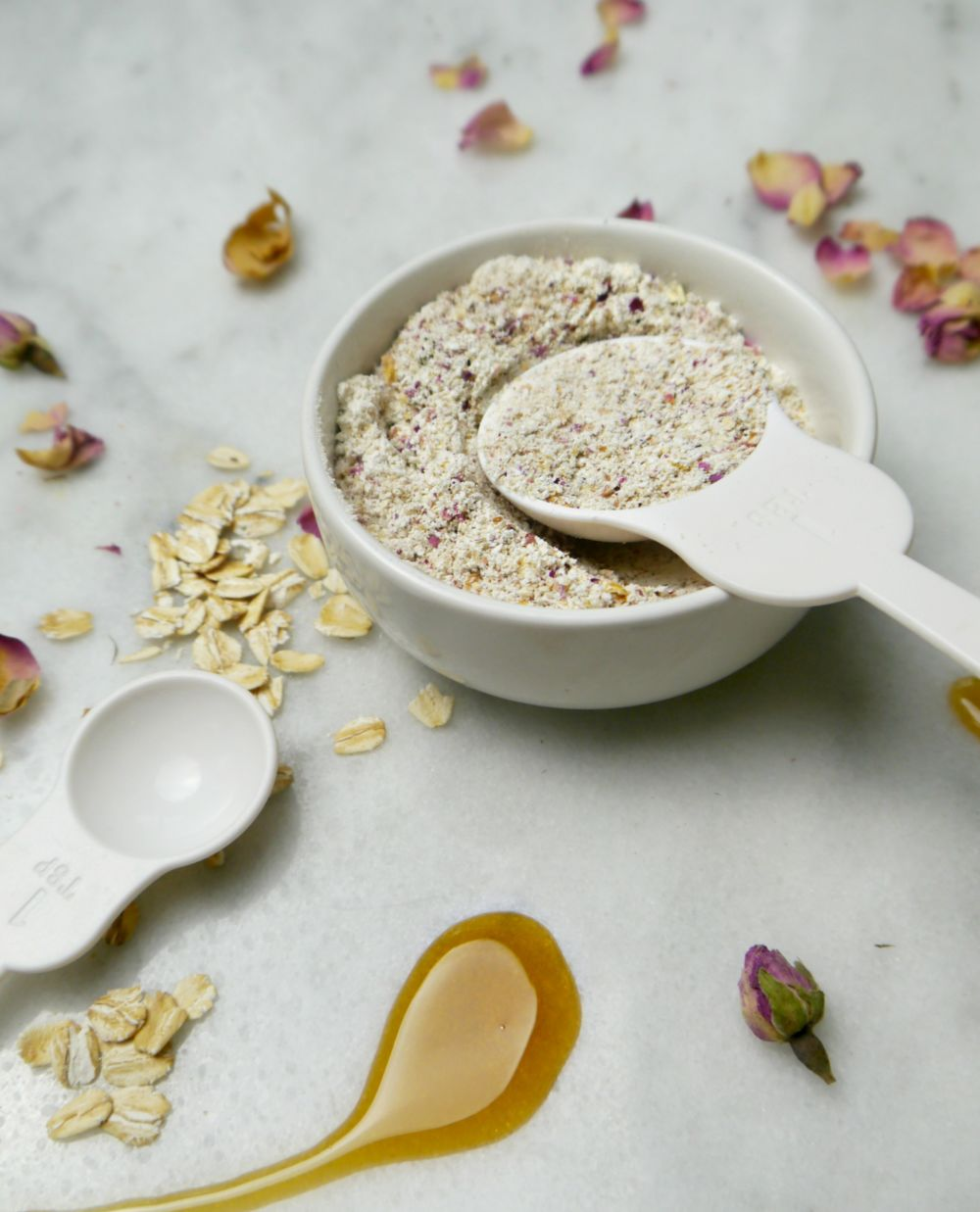 DIY Rose Petal Oatmeal Mask